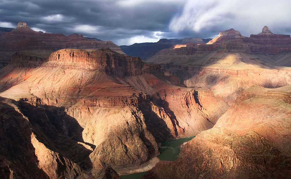 The canyon's most famous views are found at the South Rim.