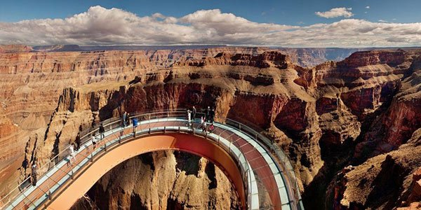 Indian Country Adventure with Heli & Skywalk