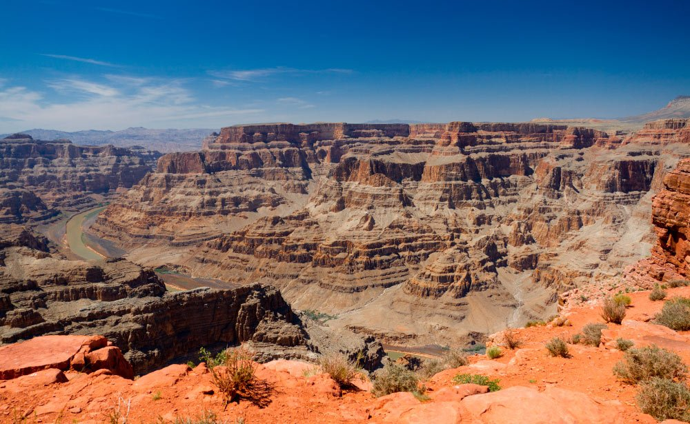 Stand in the center of the canyon atop Guano Point.
