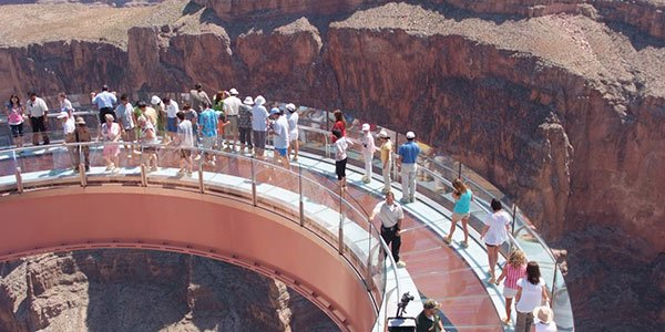 West Rim Bus Tour with Helicopter, Boat Ride and Skywalk